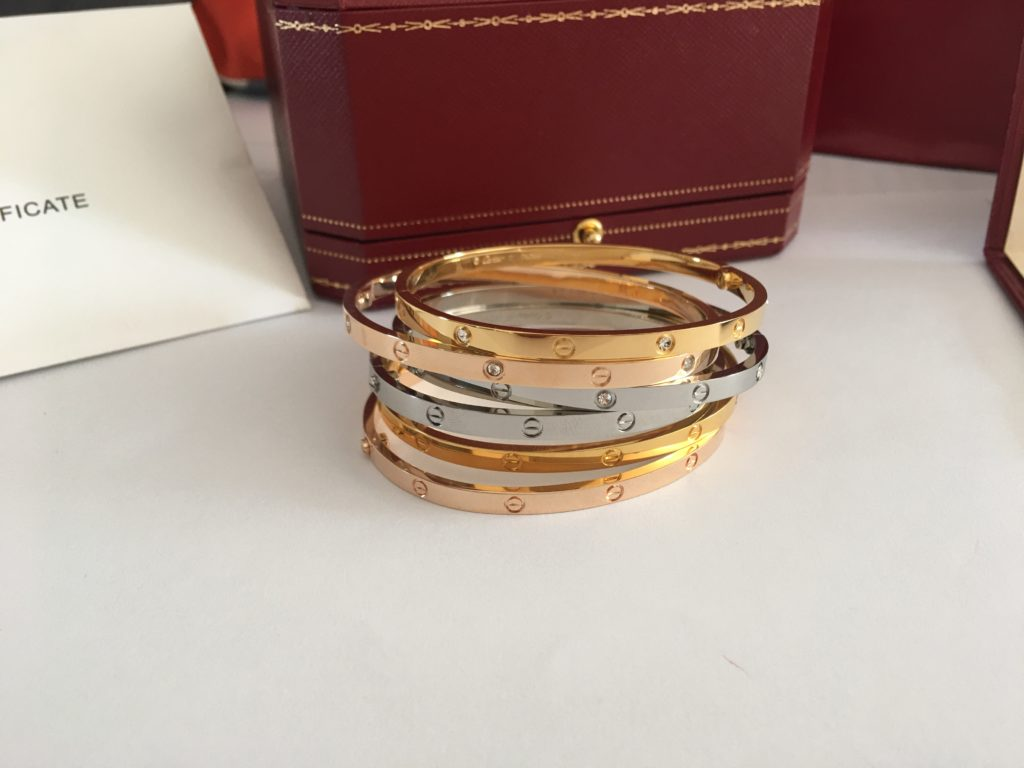 Cartier Love Bracelet SM Diamonds & Without Diamonds in yellow gold, pink gold and white gold