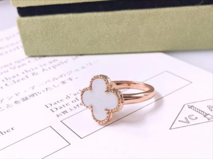 Magic Alhambra ring yellow gold Mother-of-pearl
