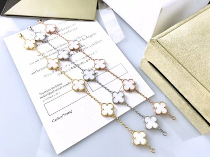 Van Cleef & Arpels Vintage Alhambra bracelet 5 motifs white mother-of-pearl in yellow, white, rose gold